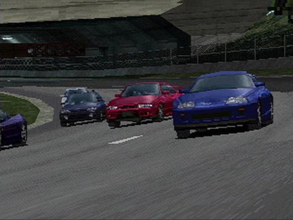※『グランツーリスモ』 1997年にSCE(現・SIE)から発売された、プレイステーション用のドライビング・シミュレーター。レーシングカーからファミリーカーまで、多種多様な実在のクルマをリアルな挙動で再現し、大ヒットを記録した。以後シリーズ化されており、最新作のプレイステーション4用ソフト『グランツーリスモSPORT』が、2017年発売予定となっている。